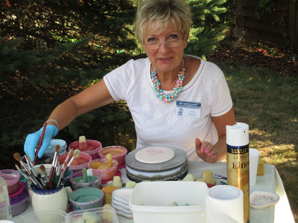 Polish pottery workshop during the festival